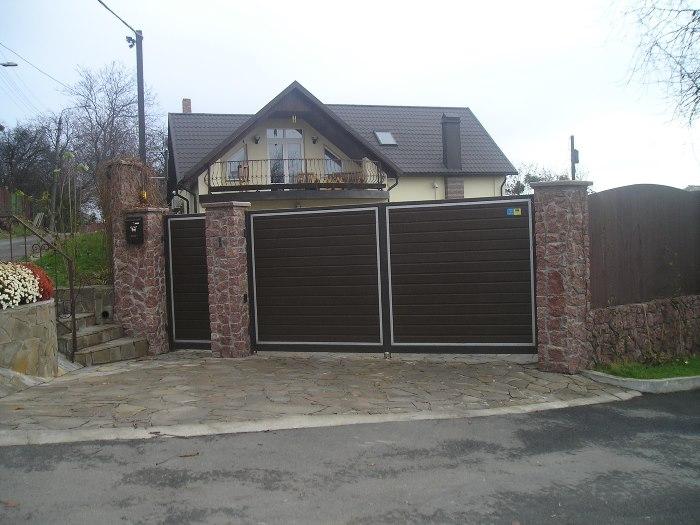 Розпашні ворота приклад